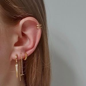 ✨NEW✨ J&Co 14k Gold Plated Ear Cuff